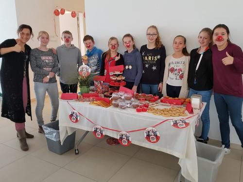 """Lekkernijen brachten €300 op voor """"Rode Neuzen Dag"""""""
