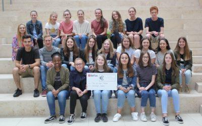 Wereldwinkel op School schenkt 445 euro aan Kom op tegen Kanker!