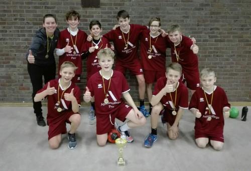 Miniemen jongens Provinciaal Kampioen handbal
